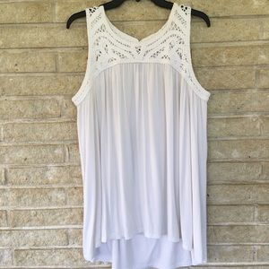 A.GLOW maternity white sleeveless top, size L
